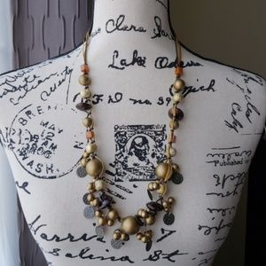 Jewelry - Mixed media necklace, multicolored